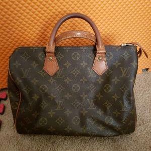 Auth Louis Vuitton Speedy 25 bag